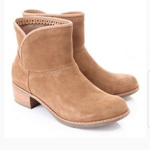 UGG - Darling, Lined Suede Boots